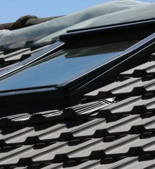 fen tre de toit nergie solaire devis gratuit. Black Bedroom Furniture Sets. Home Design Ideas