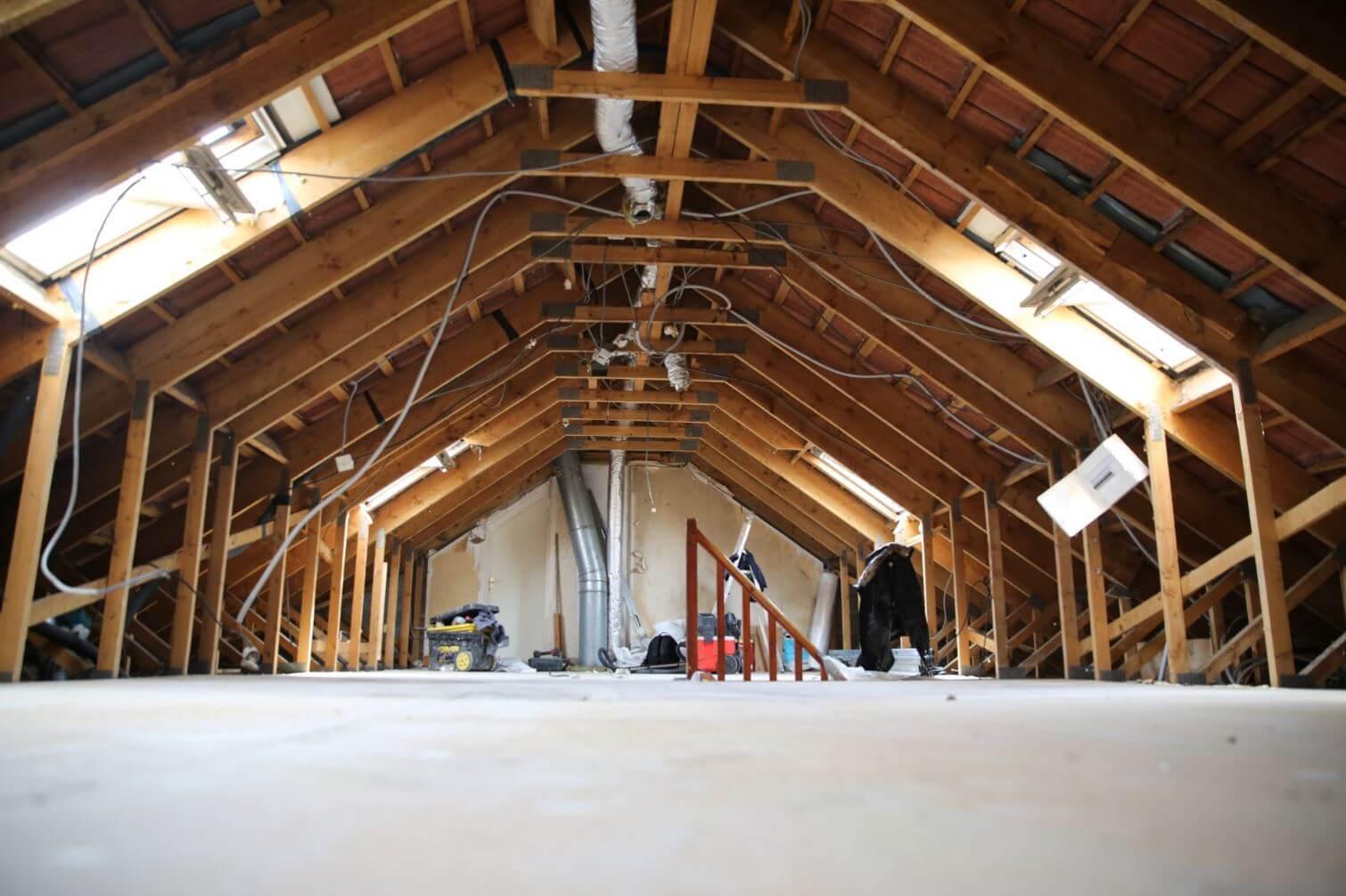 Amenagement des combles renovation id e for Renovation interieur maison ancienne