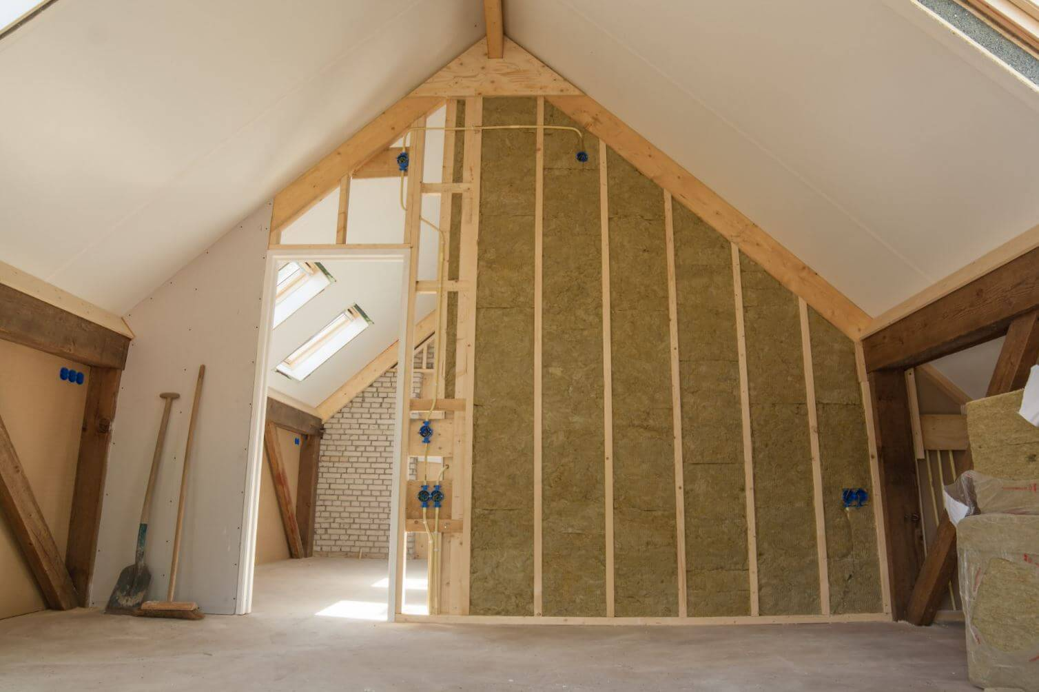 Pourquoi isoler sa maison ameliorer de sa maison - Isoler sa maison par l interieur ...