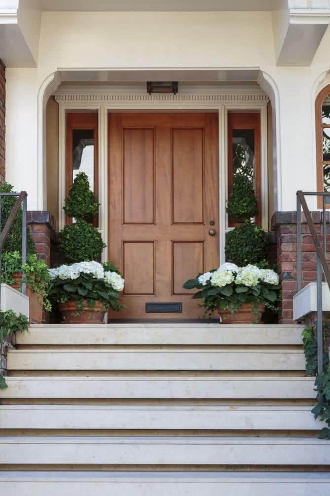 Demandez votre devis porte entrée gratuit en ligne pour le changement de  votre porte du0027entrée ou de vos portes du0027extérieur avec Mieux Rénover !